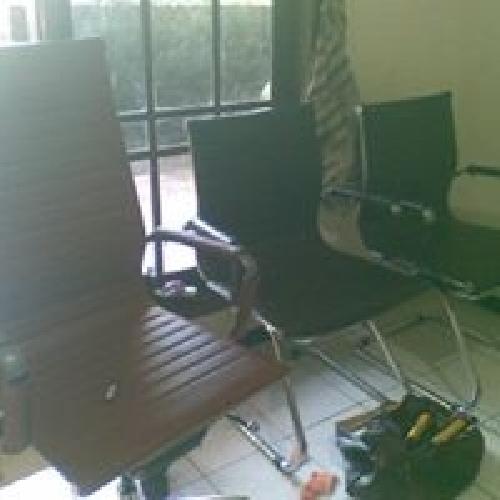 Service Sofa Cimahi Bandung Rubah Model inspirasikan model dan ukuran sofa anda untuk merubah sofa lama anda kejaman sekarang ...... kami akan senang bila anda meminta pendapat atau solusi untuk perbaikan / service  di bidang meubel dan purnitur.